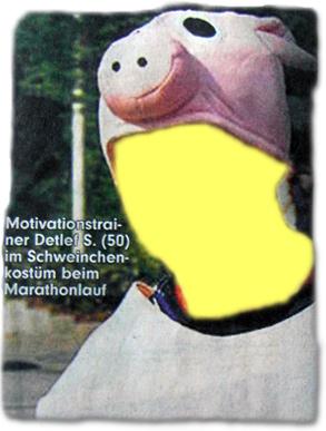 Motivationstrainer Detlef S. (50) im Schweinchenkostüm beim Marathonlauf