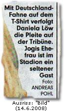 """""""Mit Deutschland-Fahne auf dem T-Shirt verfolgt Daniela Löw die Pleite auf der Tribüne. Jogis Ehefrau ist im Stadion ein seltener Gast Foto: ANDREAS POHL"""""""