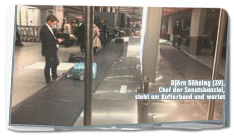 Ausriss Bild-Zeitung - Björn Böhning (39), Chef der Senatskanzlei, steht am Kofferband und wartet