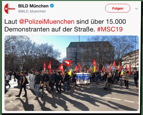 Screenshot eines Tweets der Bild-München-Redaktion - Laut Polizei München sind über 15.000 Demonstranten auf der Straße.